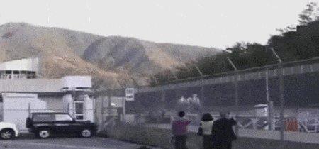 RT @spectatorindex: MEDIA: Japan's Maglev train traveling at 500 km/h. https://t.co/IFUpixBuVU