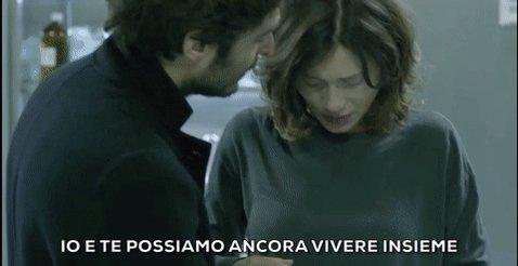 'Io e te possiamo ancora vivere insieme: c'è lei.' #LaPortaRossa @Lino...