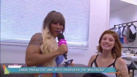 Carol Paixão não tem limites 😂😂😂 #SophiaDeVoltaAoVídeoShow https://t.c...
