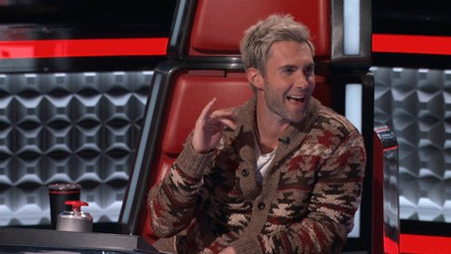 When your crush follows back. #TheVoice https://t.co/StSdUoT9yw
