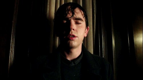 Getting home from your busy day of murdering some people and truly embracing that #FridayFeeling. #BatesMotel