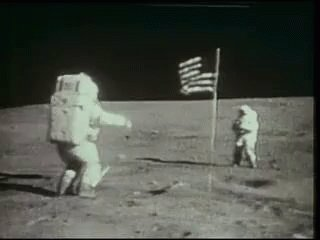 Moon landing LOL #NowThatCantBeReal https://t.co/iK0z8IktfD
