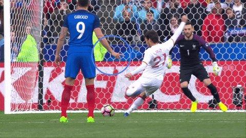 SPURS keeper Lloris should have listened to ARSENAL striker Giroud for...