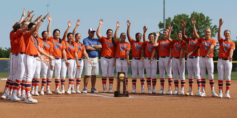 WOW! It's so great to be a Florida Gator!! Back-to-Back National #Chompions!! ItsGreatUF #GoGators #WCWS http://t.co/HSTeoBNFFU