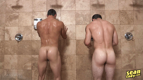 naked-straight-dudes-in-the-shower