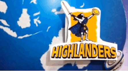 We're proud to see 2 NZ teams in the final but who will win? Fav for @Hurricanesrugby RT for @Highlanders #HURvHIG http://t.co/ypZNlJWmUG