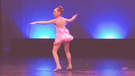 Maddie Ziegler. Betsey Johnson. Capezio: http://t.co/5foJQqYOP9 http://t.co/pOlPWkWeHn