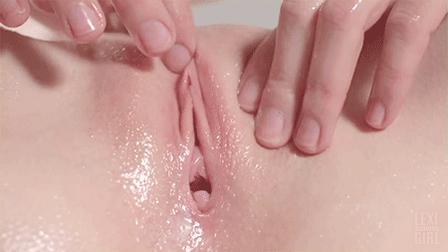 Springbreak wet t shirt contest girls get naked turn into lesbians girl on girl fingering pussy