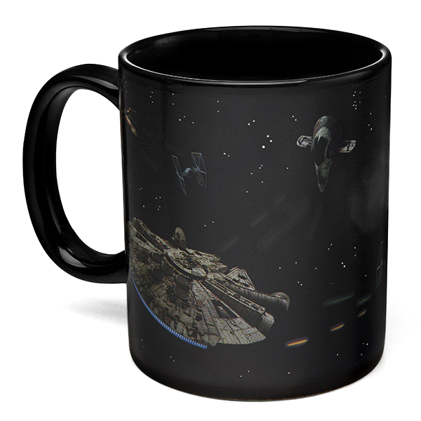 Star Wars Battle Scene Heat Change Mug: A caneca espacial mais incrível domundo! http://t.co/286ARbUfGb http://t.co/OdWeLLxNs2