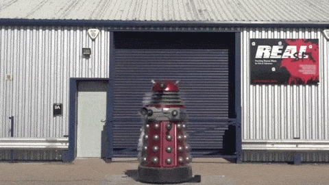 "It's oddly satisfying to watch a ""Doctor Who"" Dalek get blown up in super-slow motion http://t.co/OtMQ1xM6iF http://t.co/m2WgpdbEAj"