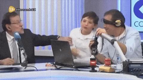 Miren: Rajoy es el PP, su hijo España y Paco González el PSOE https://t.co/kpUZYcWORl