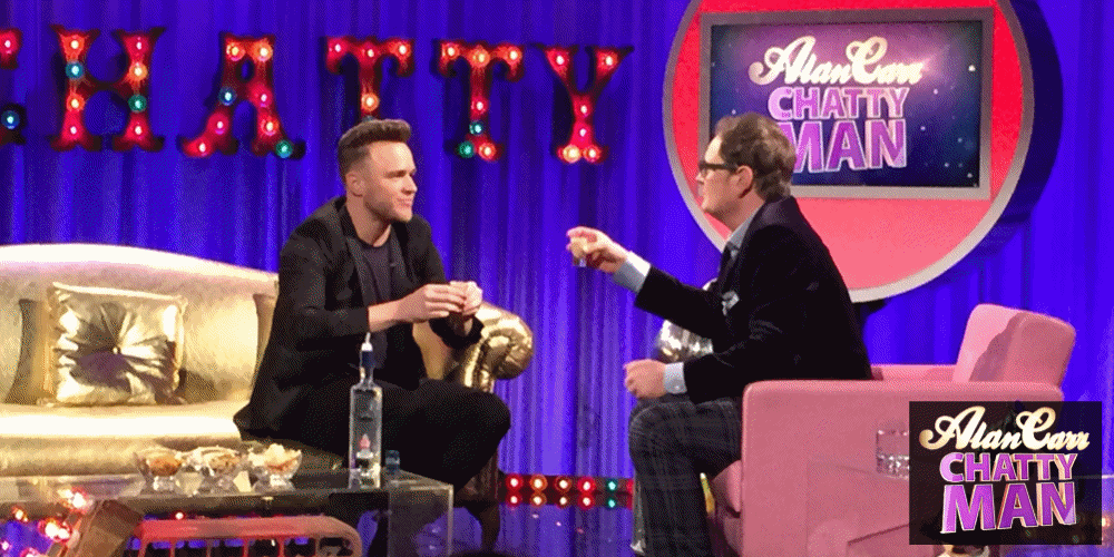 RT @chattyman: 🎉WOOHOOOO🎉!! It's Friiiiiiday! Time to put the drinks on ice for a super sparkly #chattyman TONIGHT 🍻!! Sam x https://t.co/t…