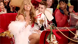 RT @R1Breakfast: Christmas has STARTED so here's @justinbieber's dreams coming true with @MariahCarey & a puppy #GrimmysChristmasGIFs https…