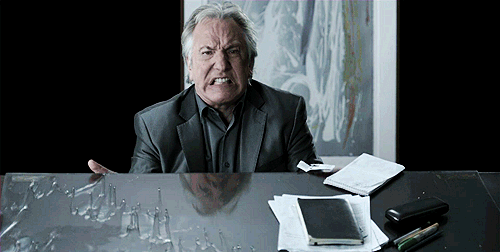 only way to react to Alan Rickman's passing https://t.co/NNYAxrwEDd