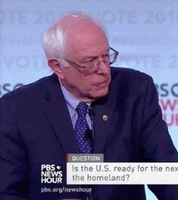 RT @mashpolitics: NOPE: @BernieSanders does not agree with that statement, @HillaryClinton #DemDebate https://t.co/QWJX9Nh2Zn