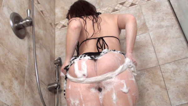 #pawg #whooty #phatbooty #pawgsinskirts #pawgsinthongs #redhead #soapy #showertime #datass  https://t