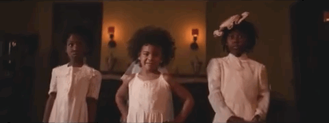 "WATCH: Beyoncé's new video ""Formation"" (with Blue Ivy!) https://t.co/osOxVCmc66 https://t.co/k1penmbfuE"