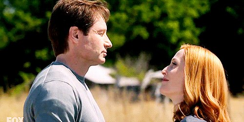 This moment was everything. Them basking in each other's company. They've opened their hearts again. #TheXFiles https://t.co/eGoScAKV2M