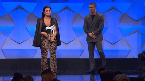 Congrats @ddlovato, winning the Vanguard Award at #GlaadAwards! Thank you for all of your support.