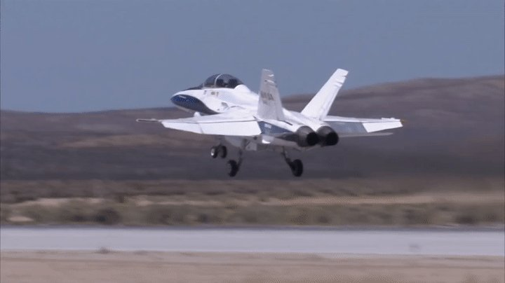 Apply for our upcoming #NASASocial to view a live sonic boom flight demo by our F-18! Info: https://t.co/rukHIoLJeS https://t.co/FXolFFYpzg