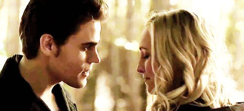 I have one word about this #TVD finale: #Steroline (!!!) https://t.co/LdBKL9aDgZ https://t.co/0bR68JwxDP