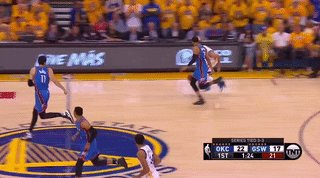 Steph's got the moves on Roberson but the Thunder have the lead; 24-19 after the first quarter https://t.co/IRwjpVRpUG