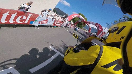 Crazy RT @TourDeJose: The Velon GoPro footage of #FlammeRougeGate been taken offline.   @Cyclocosm has a .gif https://t.co/MNupFdCRbs