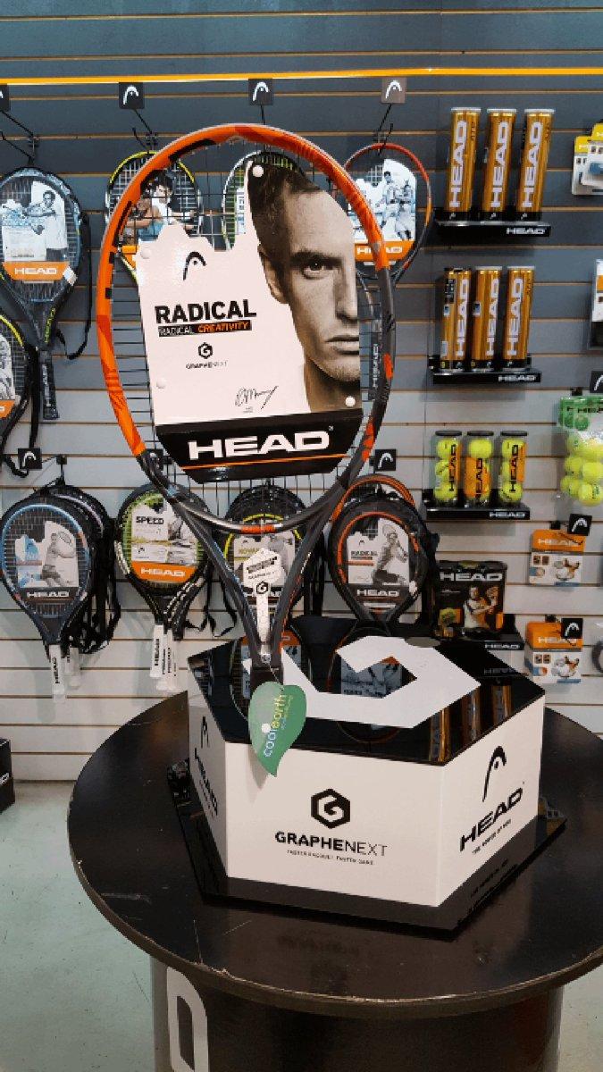 Esta semana uno de Uds se llevará la raqueta firmada @head_tennis de Andy Murray. Solo tienen que hacer RT https://t.co/hqxvz6XsQy