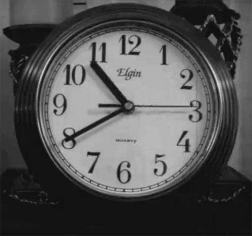 В народе много примет и суеверий, связанных с часами.