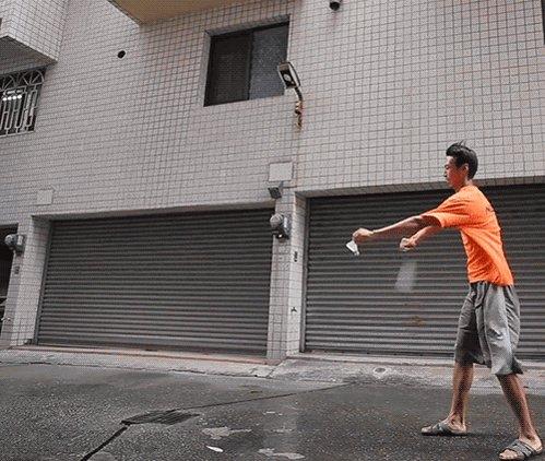 寂寞的最高境界:和风打羽毛球! https://t.co/LhLWctDl6D