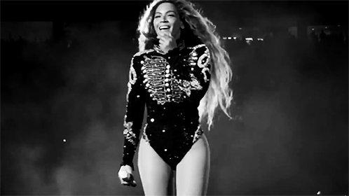 Tonight! Beyoncé in de @AmsterdamArenA! Are you ready? #getinformation https://t.co/7yVD0CGiMv