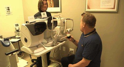 Most people don't sing Happy Birthday to eye exam equipment. Most people aren't James Corden https://t.co/2BkoDGMcaS https://t.co/K6krihdO5G
