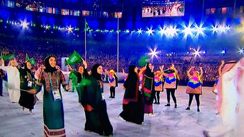 Saudi female athletes in beautiful traditional dresses at the #OpeningCeremony of #Rio2016 games #KSA https://t.co/RdyxUGygez