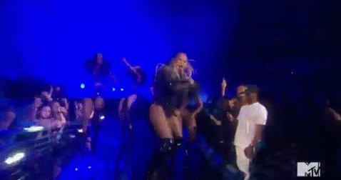 .@Beyonce for president. #VMAs https://t.co/XXsOXEbw8V