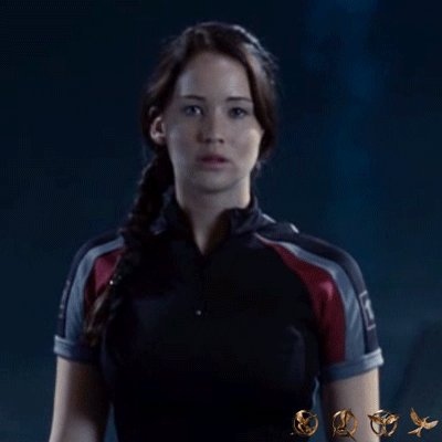 Don't underestimate the power of a woman. Happy #WomensEqualityDay from #TheHungerGames. https://t.co/L8yWRNWRDC