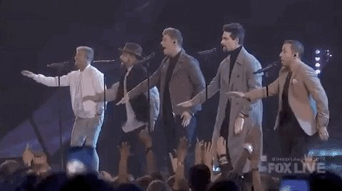 CHOREOGRAPHY STILL 💯💯💯  @backstreetboys 💕💕💕  @iHeartRadio #iHeartAwards2019 #BackstreetBoys https://t.co/dzQfjTFgNr