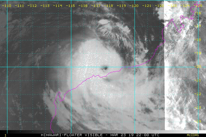 Image for the Tweet beginning: Severe Tropical Cyclone #Veronica is