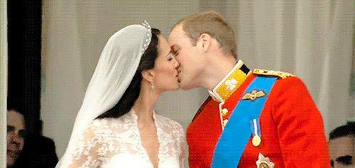 Le JSL's photo on Kate Middleton