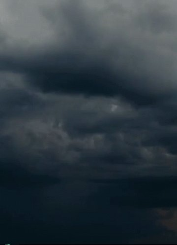 The Met Office have issued a yellow warning of thunderstorms for Yorkshire from 1pm this afternoon. #CapitalReports