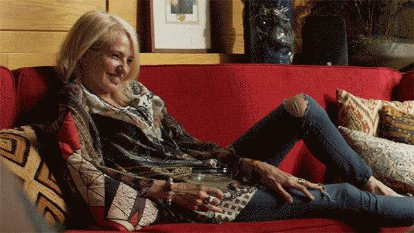 Happy Birthday to the Queen of Ellen Barkin!