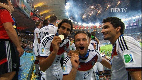 🥇😁 Happy birthday to 2014 #WorldCup winner @MustafiOfficial 🇩🇪