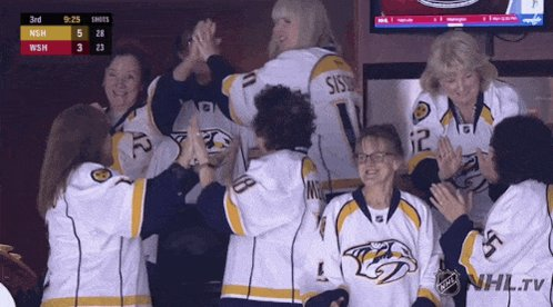 Can the Preds Moms be our Rally team before the game? Get catfish on the ice?!? Asking...for the cup! @SmashvilleGill @BenofSmashville @cmace30 @IAmUltimatePred @yanweber68 @RGrimaldi23 @BLESSED2BLESS_U @AbbyGrimaldi23 @PredsNHL @MusicCityGold 💛💙🙏🏻 #PredsMomsWantTheCup #PREDS