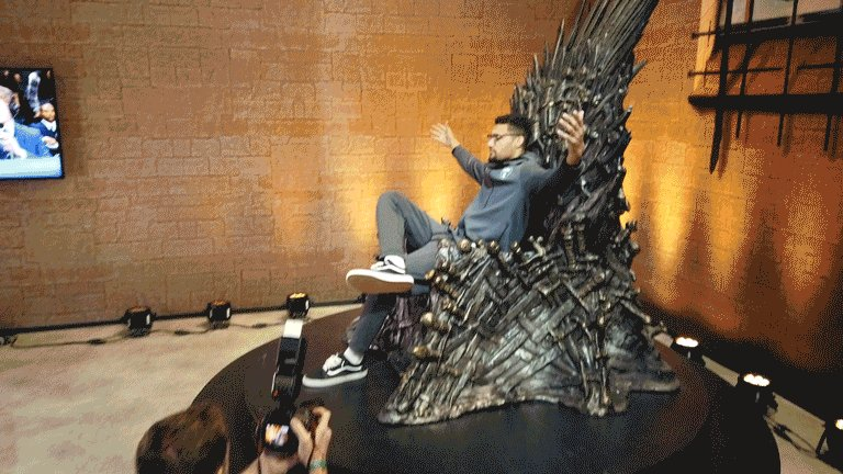 We know who ends up on the Iron Throne... #GoT