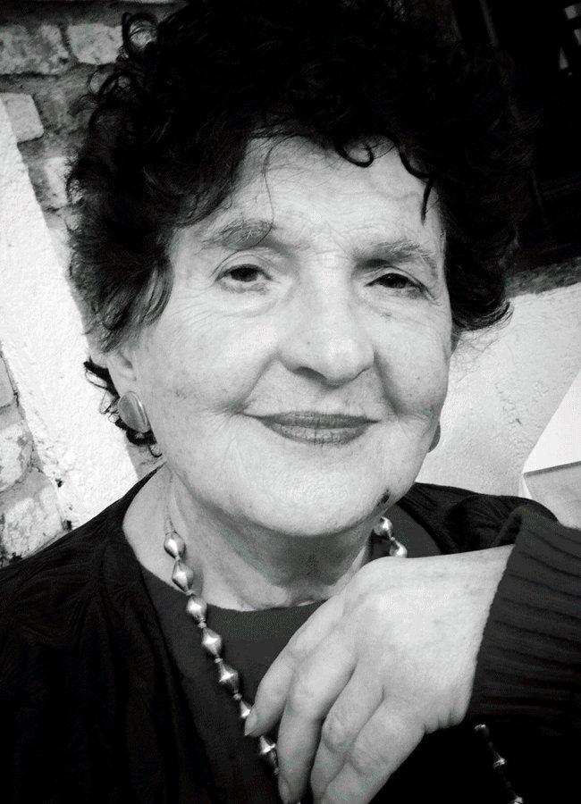 ¡Mañana la Feria del Libro de Tijuana realizará un homenaje a nuestra querida @Margo_Glantz, ganadora este año del Premio Alfonso Reyes! Participan: la autora, @criveragarza y Rogelio Arenas. 18:00 horas, @cecut_mx #SaltaConNosotros