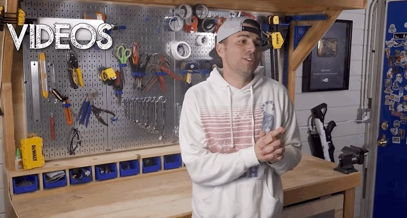 Image for the Tweet beginning: Mechanical engineer, Mark Rober, is