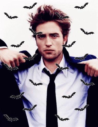 """Bienvenido al DCEU """"Battinson"""", primero de su nombre, el mordedor, el iluminado, rey de vampiros. #TheBatman #Batman #RobertPattinson #Battinson"""