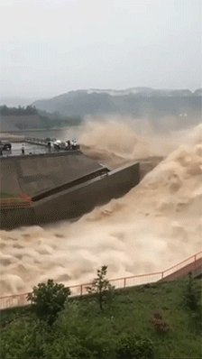 Сила Желтой реки в Китае. https://t.co/NwbFzpNyEQ