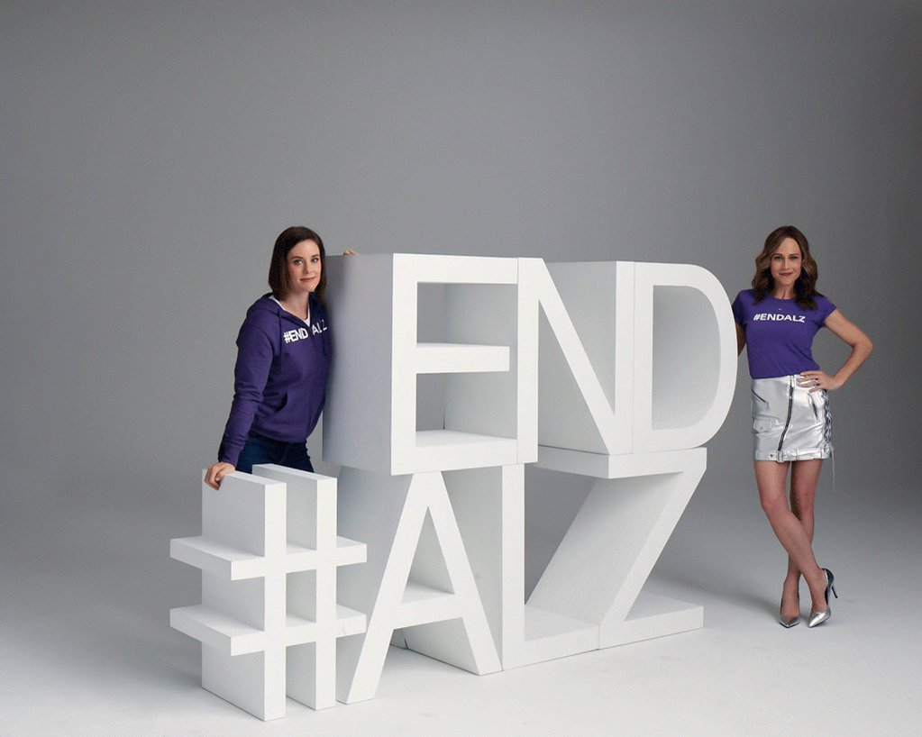 Thank you, @imthesmash and @nikkideloach, for reminding us that no one is alone in this journey and our voices are stronger together. #ENDALZ http://alz.org/purple