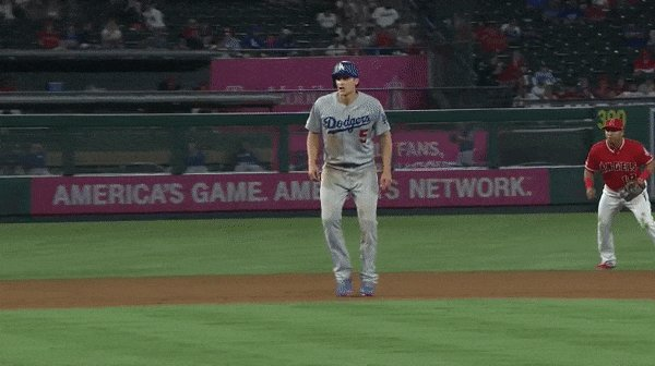 Here's the play where Corey Seager appeared to injure his hamstring