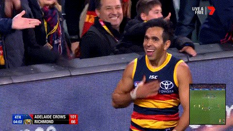 Game recognise game.   Sydney Stack shows his appreciation for Eddie's brilliance!   #AFLCrowsTigers